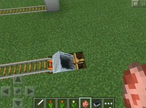 How to make a secure minecart in Minecraft Pocket Edition